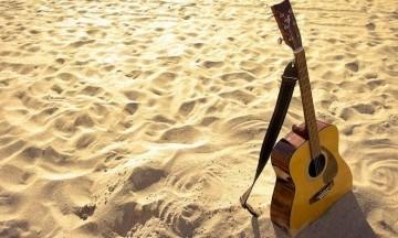 Hướng Dẫn Chọn Đàn Guitar Cơ Bản & Một Số Câu Hỏi Thường Gặp