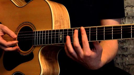 Học đàn guitar: Guitar điện - Trái tim của Rock & Roll
