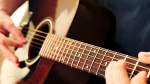 Đàn guitar acoustic – những thế mạnh của dòng nhạc đệm hát