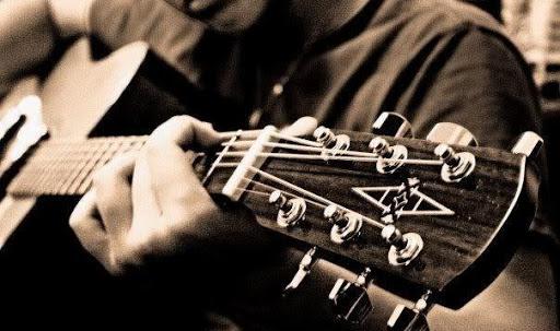 Học đàn guitar: Tập chơi solo nâng cao
