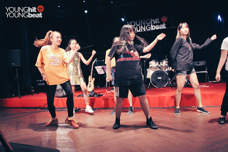 Nhảy hiện đại - Dance freestyle (Lớp tập thể)