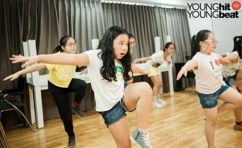 Nhảy Kpop (Lớp tập thể)